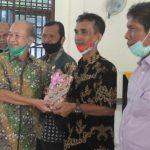 Kepala Dinas Lingkungan Hidup Terima Penghargaan dari Bupati Aceh Tamiang